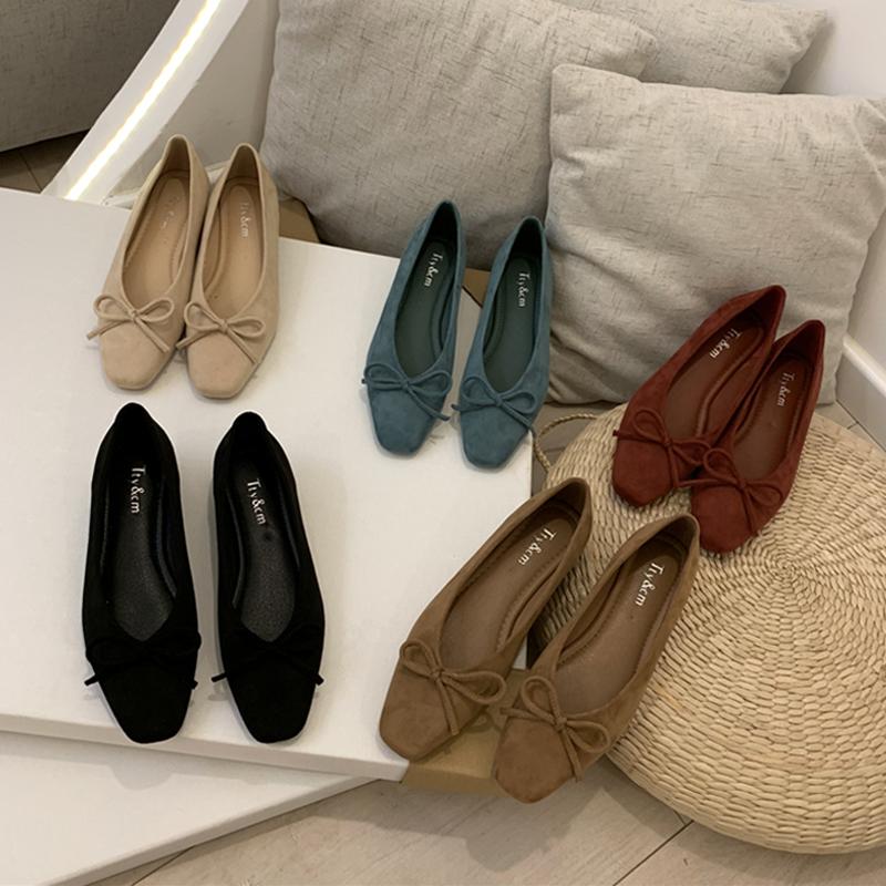 复古绒面蝴蝶结粗跟单鞋2020春款方头浅口显瘦舒适低跟OL女鞋