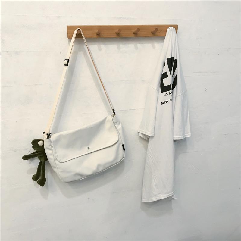 Белый [小号【带挂件】]