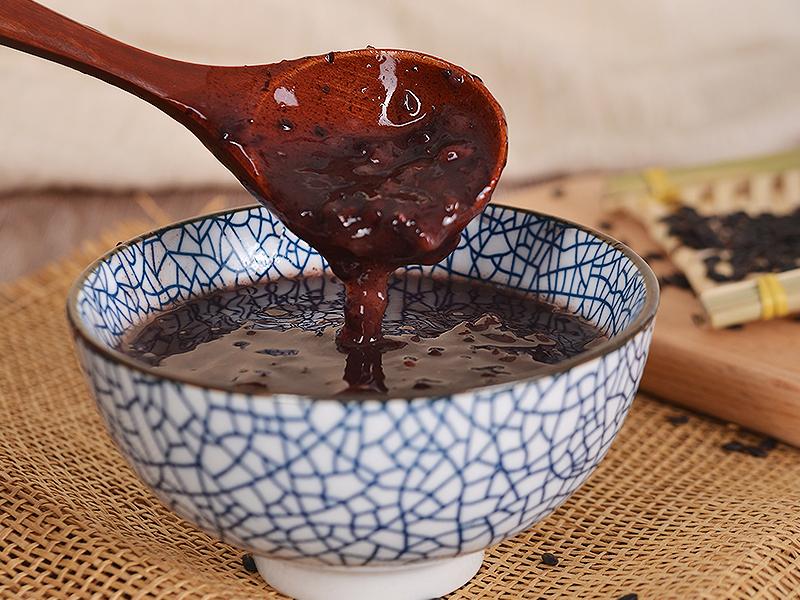 甜蜜蜜的椰汁黑糯米,地道港式甜品