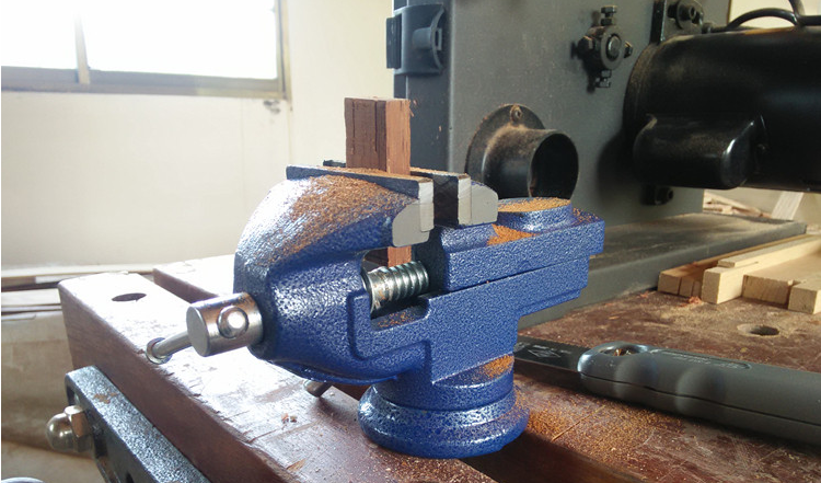 Small Table Vise 8