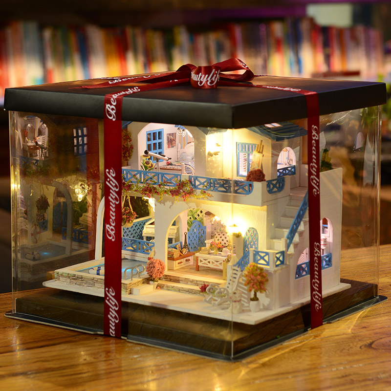 Blue and white town + LED lights + music + dolls + kittens and puppies + cover + transparent gift box