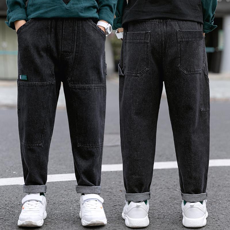 Quần bé trai cộng với quần nhung mùa xuân và quần áo mùa thu 2020 mới màu đen cho trẻ em trung niên và già quần jean quần jean trẻ em nước ngoài - Quần jean