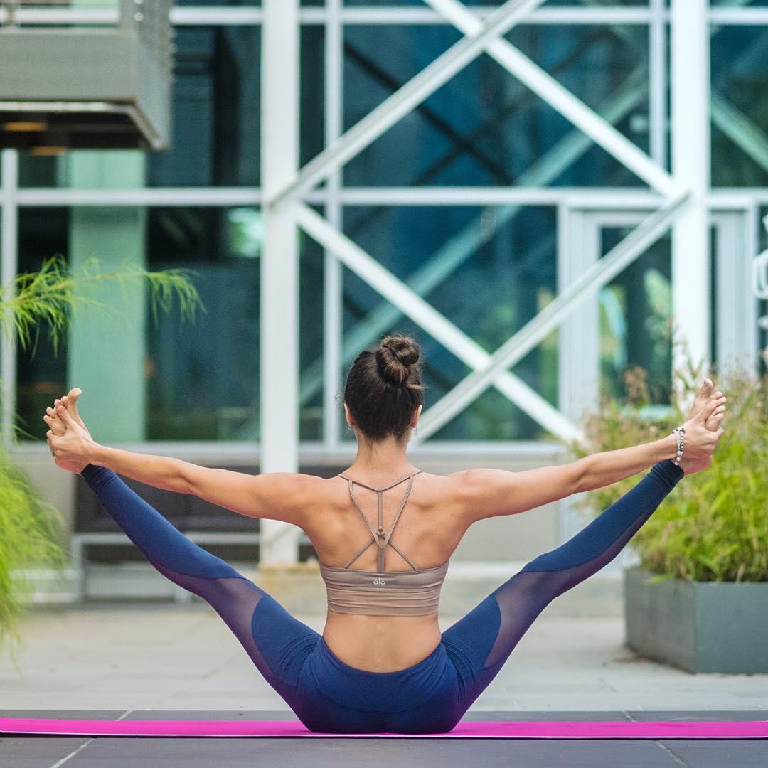 Штаны для фитнеса Alo yoga Coast Legging