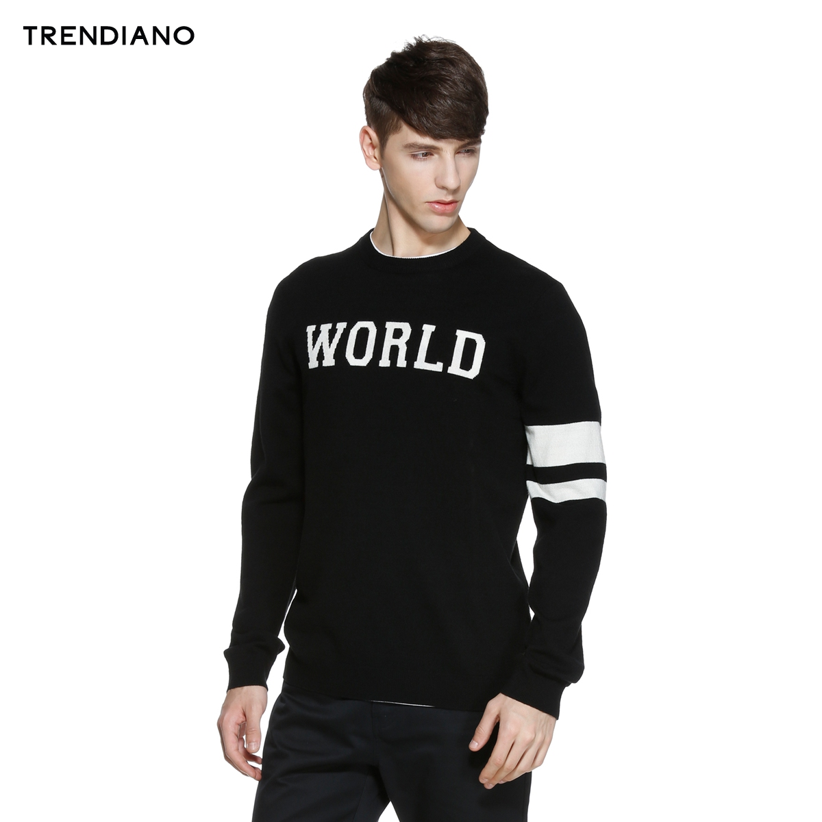 TRENDIANO người đàn ông mới của mùa xuân quần áo triều thư giản dị màu vòng cổ áo thun dài tay áo len 3HC103389E
