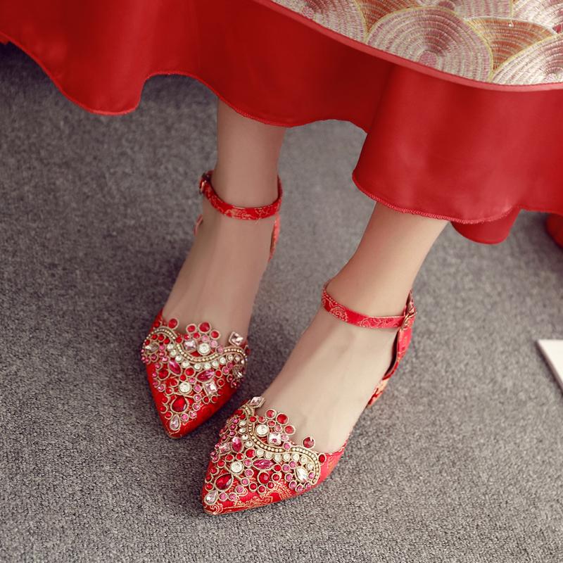 粗跟婚鞋女2020新款水晶鞋夏季高跟红色鞋水钻孕妇新娘中式秀禾鞋