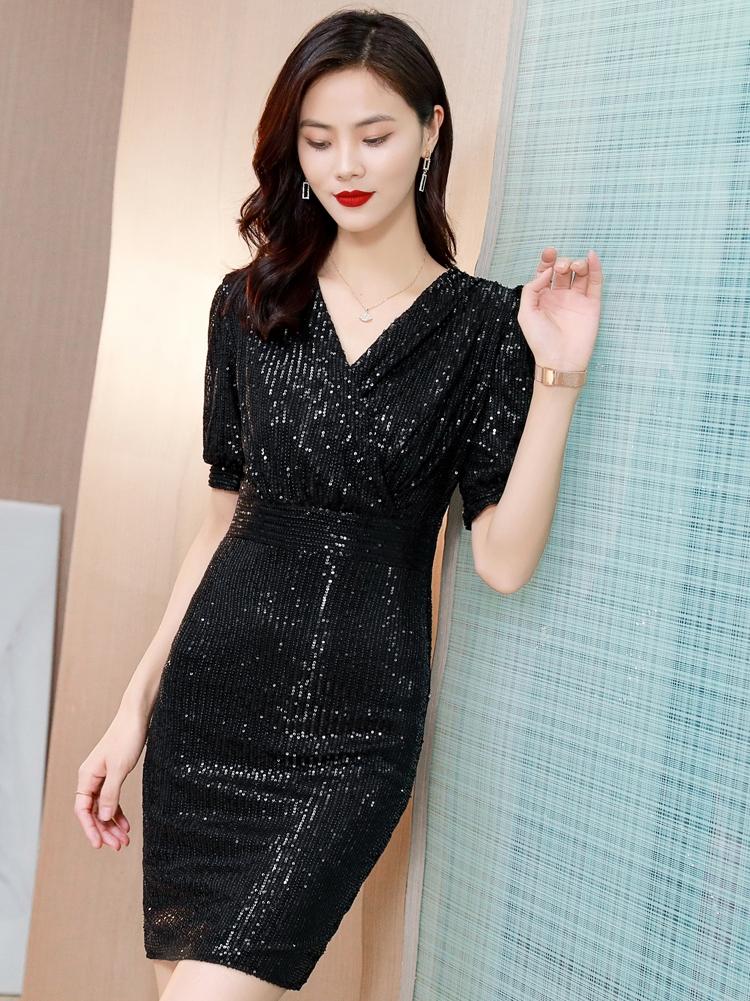 实拍高端气质连衣裙2021春夏新款亮片修身百搭一步裙