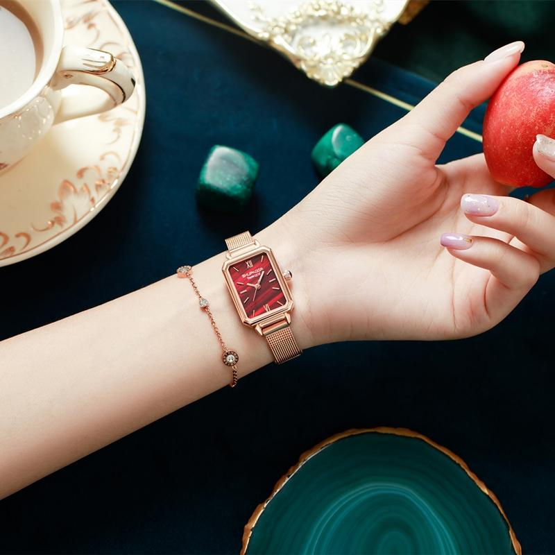 2020新款时尚轻奢品牌简约气质ins风手表女款正品名牌复古小绿表