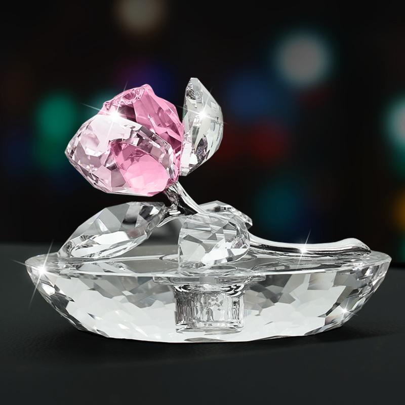 车载女士摆件内时尚汽车饰品玫瑰花水晶创意摆件装饰香水香熏座车