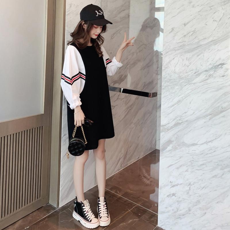 连衣裙女2019秋新款韩版宽松拼接假两件裙子袖中长裙v裙子卫衣蝙蝠