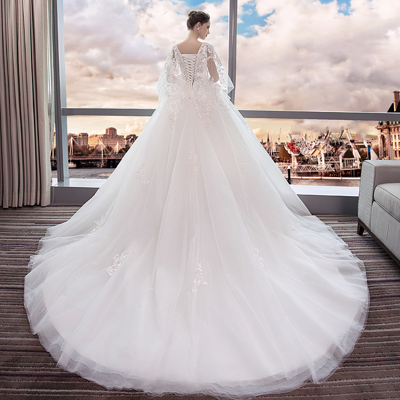 5d3ccc1503e ... Wedding 2018 new bride dress large size was thin tail Princess dream  pregnant women 200 pounds