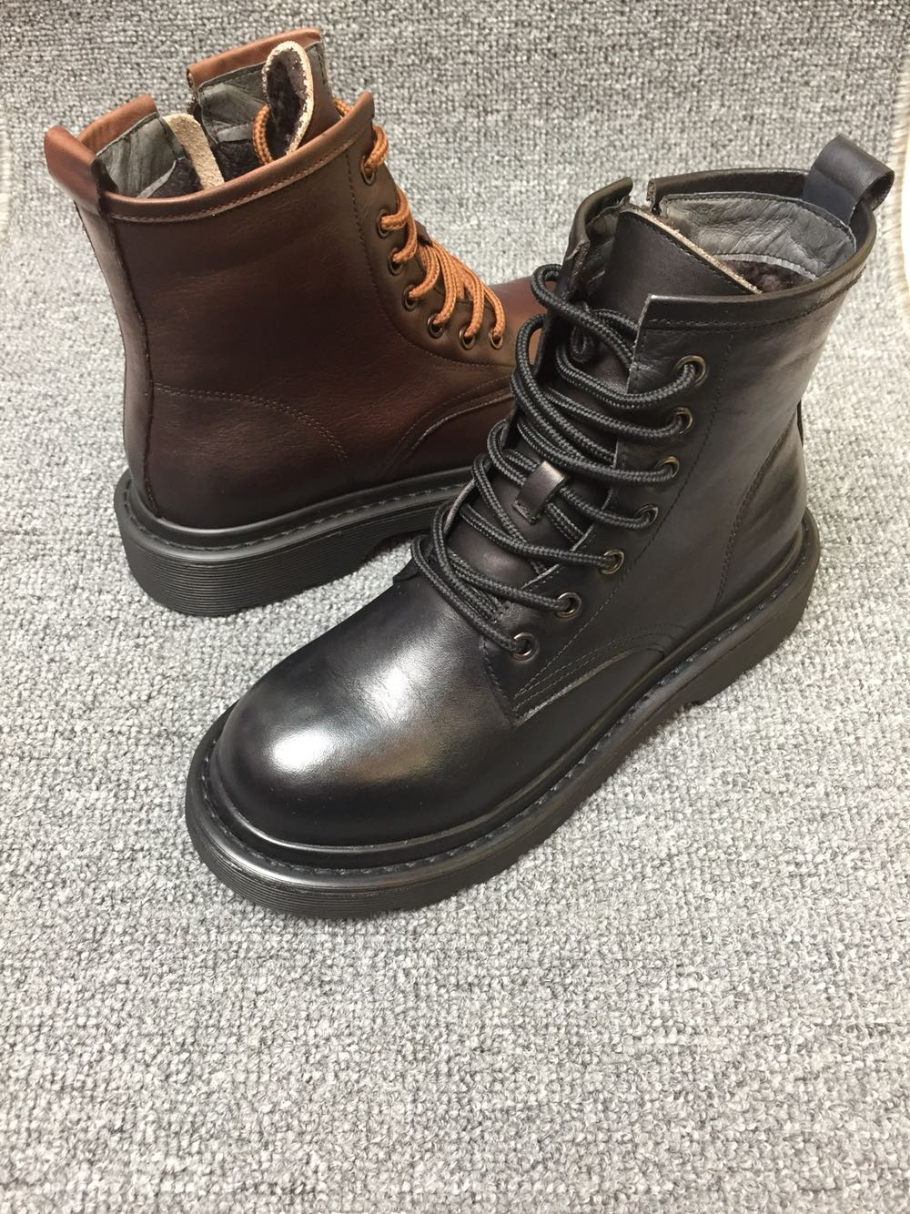 2019 mùa thu và mùa đông mới bằng da cao cấp dây kéo cao cấp của nhà ga châu Âu Giày cotton nữ Meiji Dina 2292-7 Martin ủng - Giày cao gót