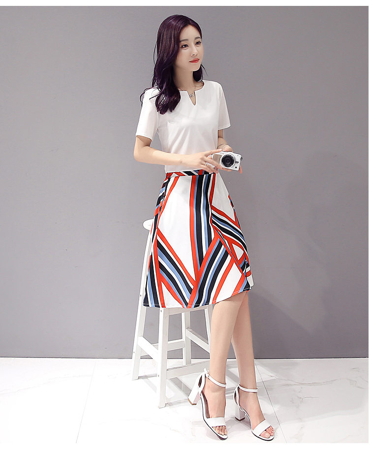 Debutante Korean-style chiffon slimming Slim fit printed dress Dress outfit (Gambar t-shirt + rok)