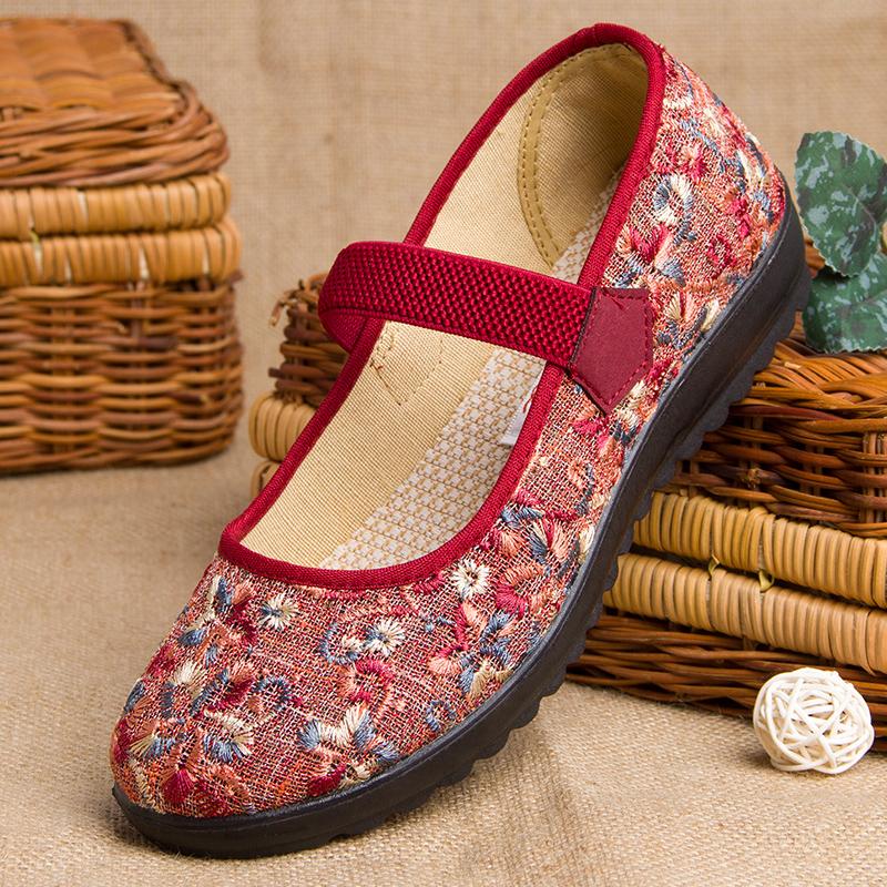 老人布鞋女奶奶鞋老北京绣花布鞋软底老年鞋女妈妈鞋舒适春秋单鞋