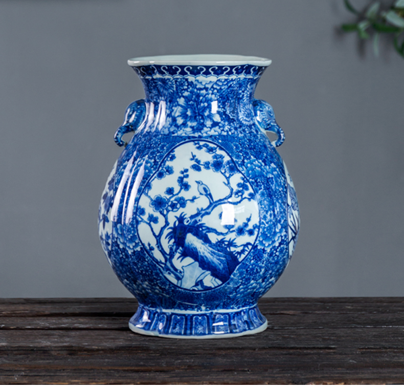 Pot - bellied vase of blue and white porcelain of jingdezhen antique painting of flowers and grain study teahouse home decoration of Chinese style household furnishing articles