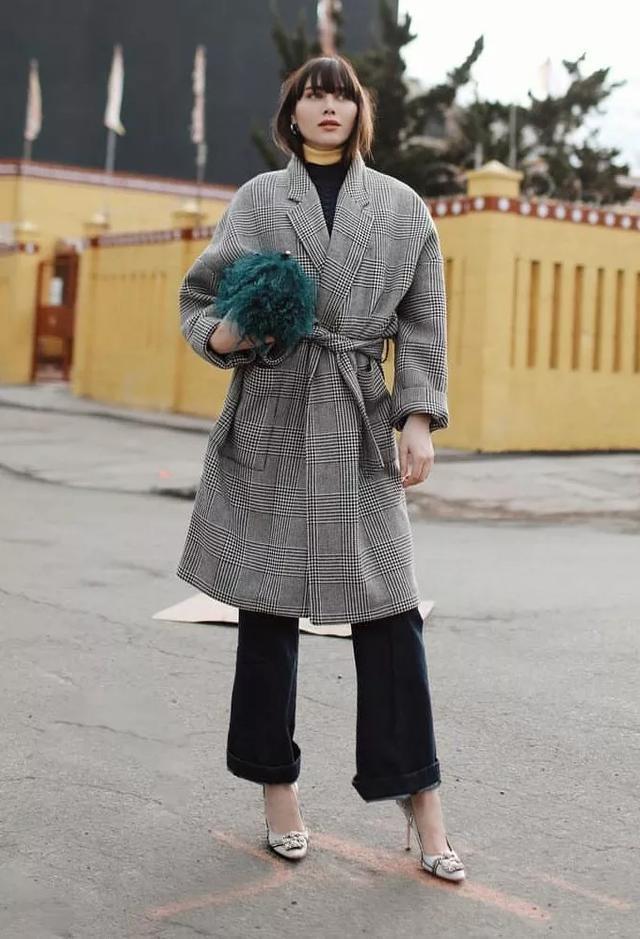 喇叭裤重回时尚圈,开春就选这3款