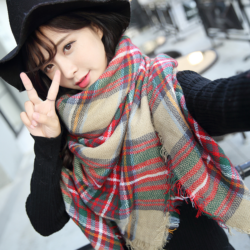 Autumn / winter 2017 new air conditioning room womens warm and foldable triangle scarf