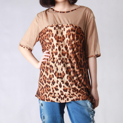 2017 autumn and winter women's new shirt Korean fashion network splicing sleeves casual wild leopard print t-shirt