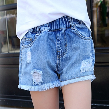 a5e2e7071 In the big children's children's pants outside wearing holes girls denim ...