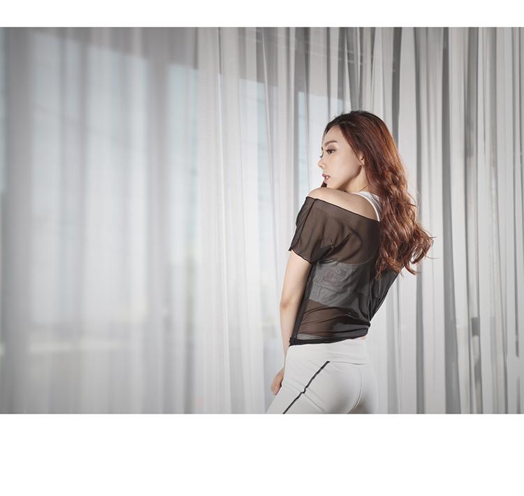 宽松透视镂空网纱罩衫