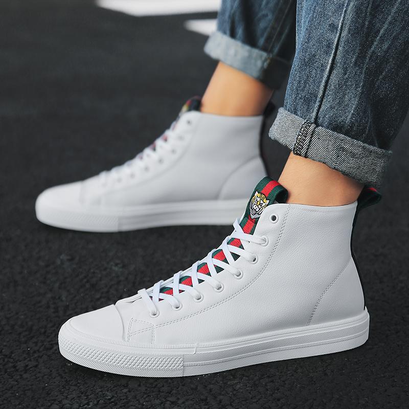 男鞋秋季高帮皮鞋韩版潮流小白鞋男士百搭板鞋休闲潮鞋子高邦白鞋