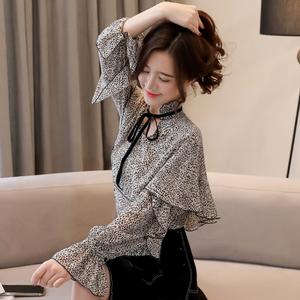 实拍8633#2019春装新款韩版系带V领假两件喇叭长袖豹纹...