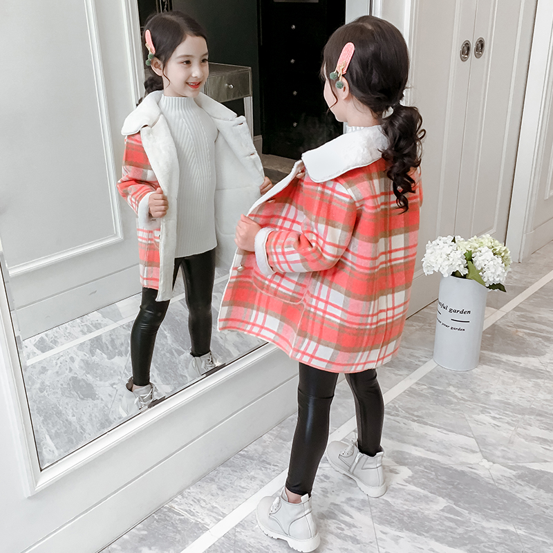 Net red girl jacket autumn and winter 2019 new Korean version of the autumn girl plaid woolen children plus velvet woolen coat