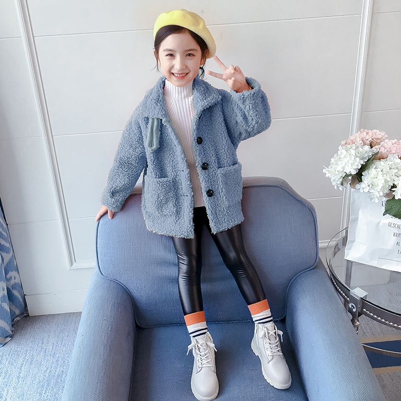 Girl's coat Spring and Autumn 2020 new Korean version of the spring dress foreign gas plus velvet little girl thick top children's wool sweater