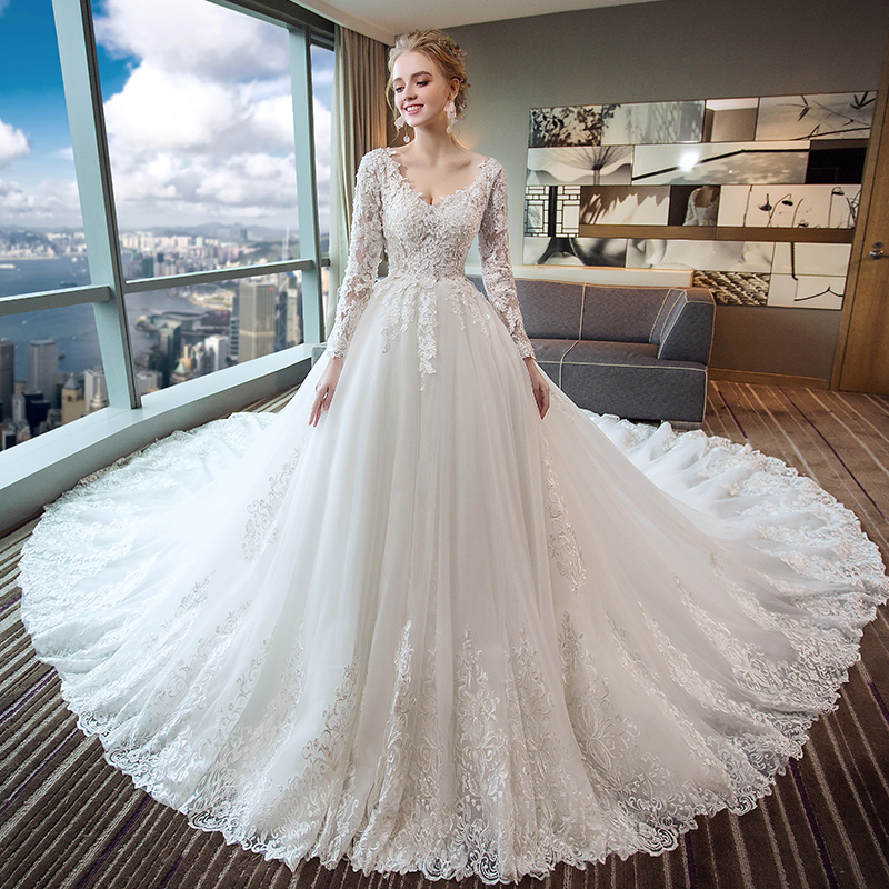 Wedding Dress 2018 New Winter White Long Sleeved Female Bride Main Yarn Pregnant Women Out