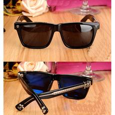 Солнцезащитные очки Трое бывших