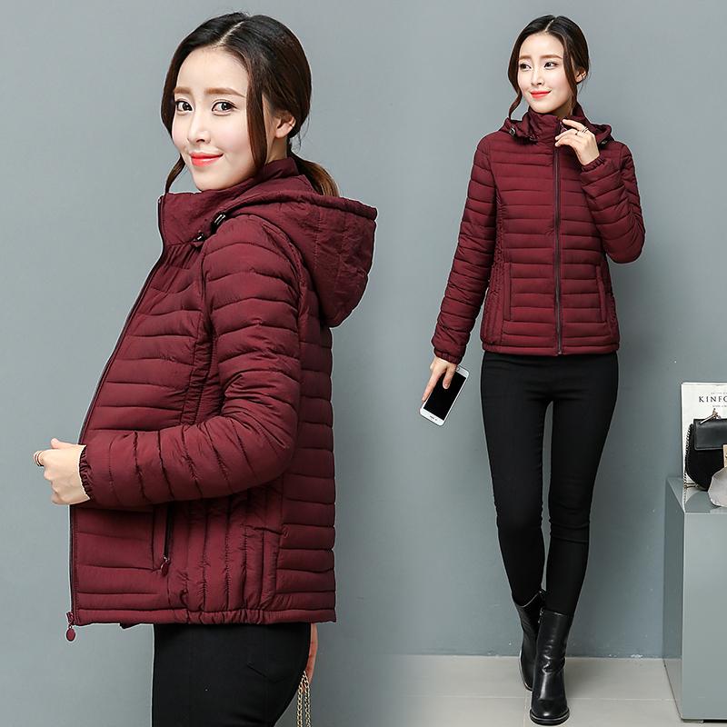 2018新款冬装中年妈妈棉衣女短款加厚棉袄外套中老年女装羽绒棉服