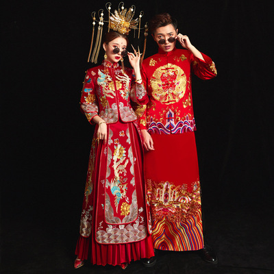 Chinese wedding dress, wedding dress, old-fashioned couple, bride and groom