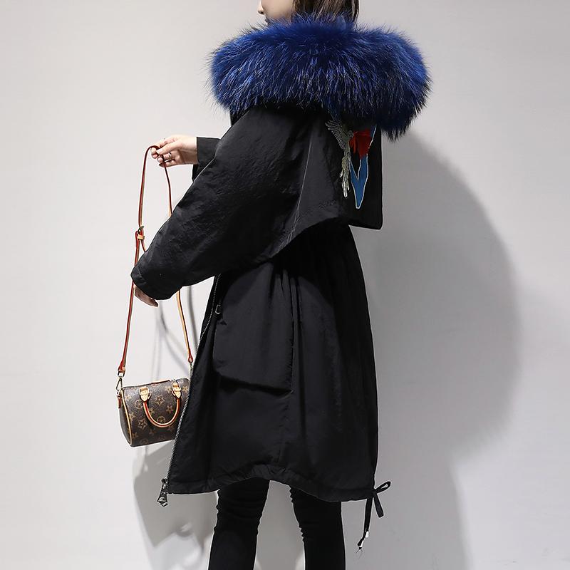 冬季刺绣羽绒服女中长款2018新款韩版时尚大毛领女装白鸭绒外套潮