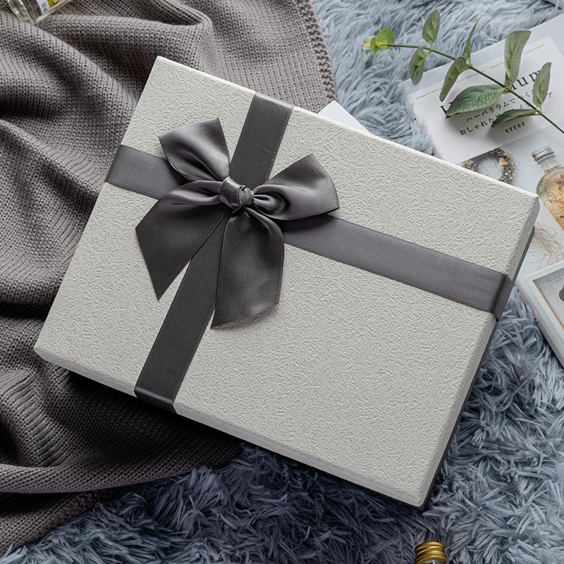 蝴蝶结丝带礼物盒送男女朋友