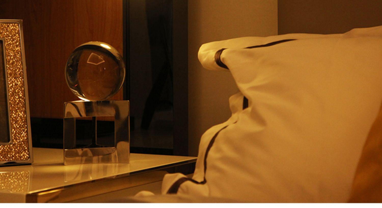 不插电无线小夜灯婴儿喂奶护眼充电无线遥控触摸LED灯卧室床头灯商品详情图