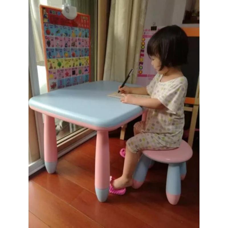 Trẻ lớn hơn trẻ dày nhựa bàn học nhựa và bàn nhỏ vuông bảng màu và phân chủ lưu trữ lớp in phim hoạt hình đọc - Phòng trẻ em / Bàn ghế