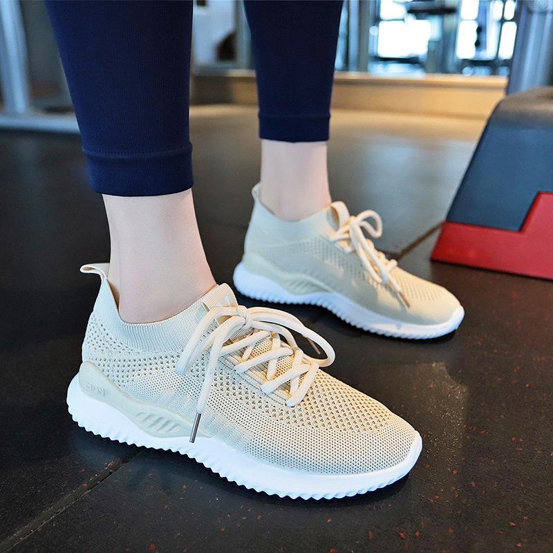 袜子鞋女2021夏新款透气运动鞋女韩版学生跑步健身鞋休闲飞织女鞋