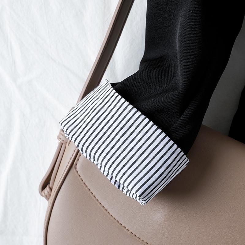 米魅儿2021年新款黑色西装外套