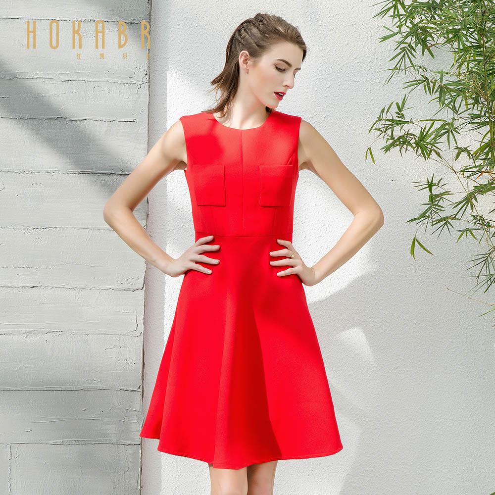 红凯贝尔2019女装新款韩版圆领冬装无袖连衣裙纯色背心A字褶皱裙