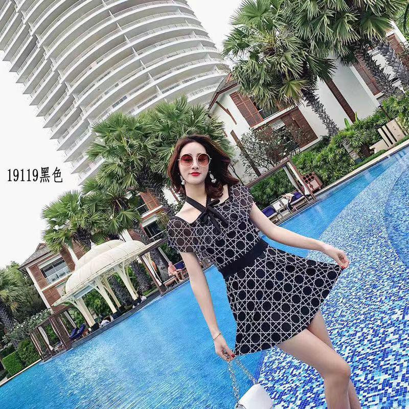 泳衣女新款连体裙式性感遮肚保守韩国温泉游泳衣保守连体泳衣