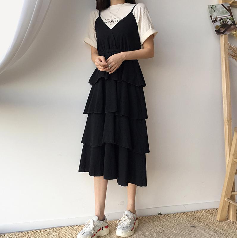 5b80479b0e6 Купить женщины 2019 новый волна строп торт маленькое черное платье бедро v  воротник очень бессмертный из франция небольшой многие платье супер в ...