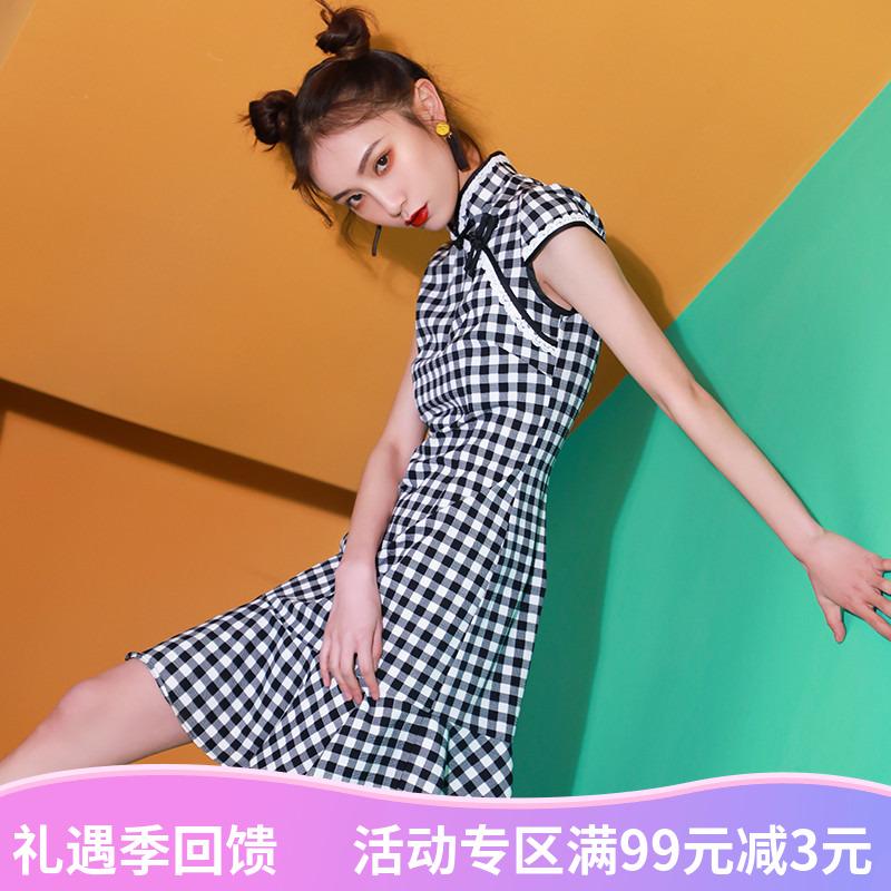 改良版新式短款年轻款连衣裙少女日常旗袍学生格子中国风修身鱼尾