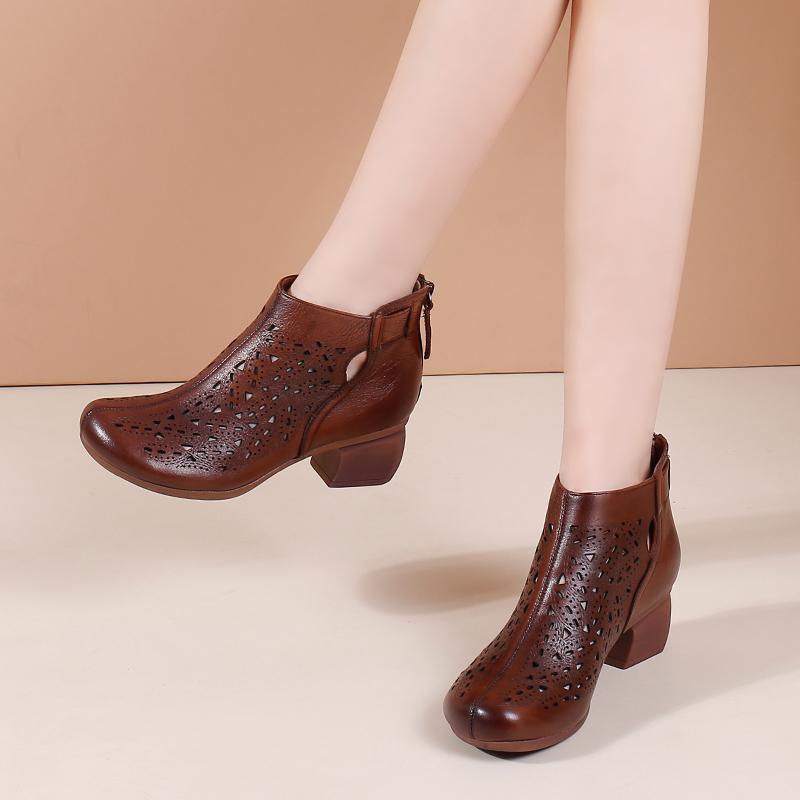 真皮粗跟短靴女春秋单靴2020新款马丁靴女英伦风文艺复古镂空女靴