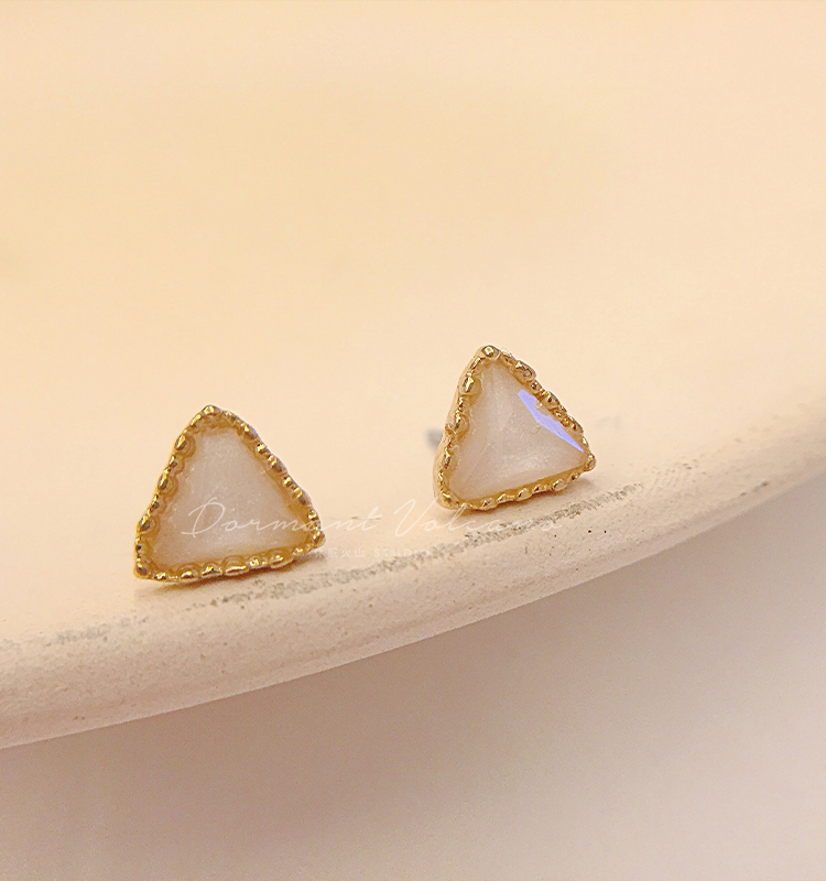 水玉微光。法式简约光泽几何优雅气质百搭小巧精緻小耳针耳环女详细照片