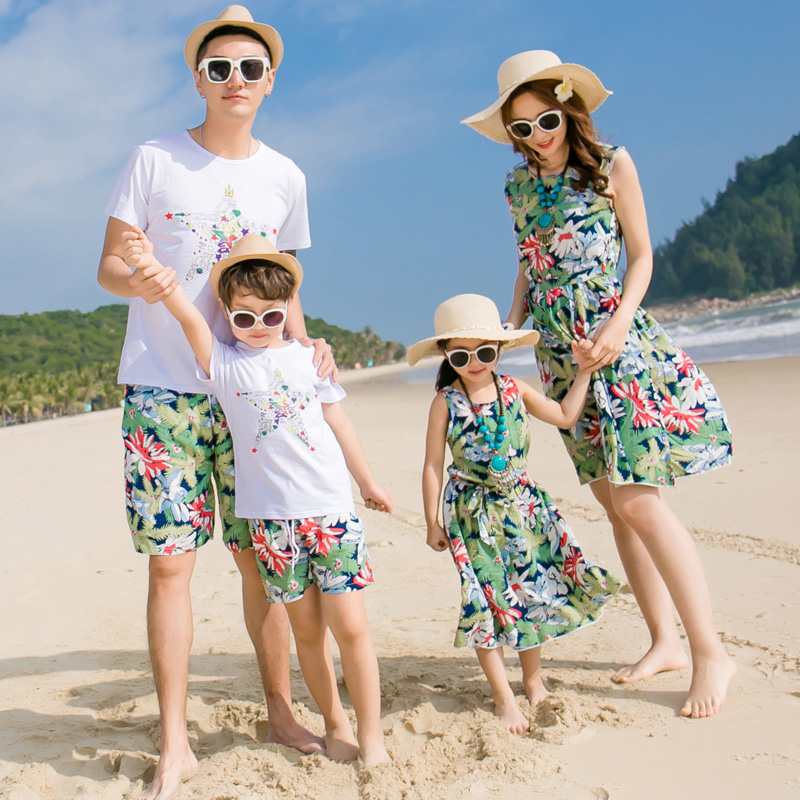 1ac90d6fec Parent-child loaded summer 2019 new wave of family loaded mother and  daughter dress beach dress a family of three sets of family