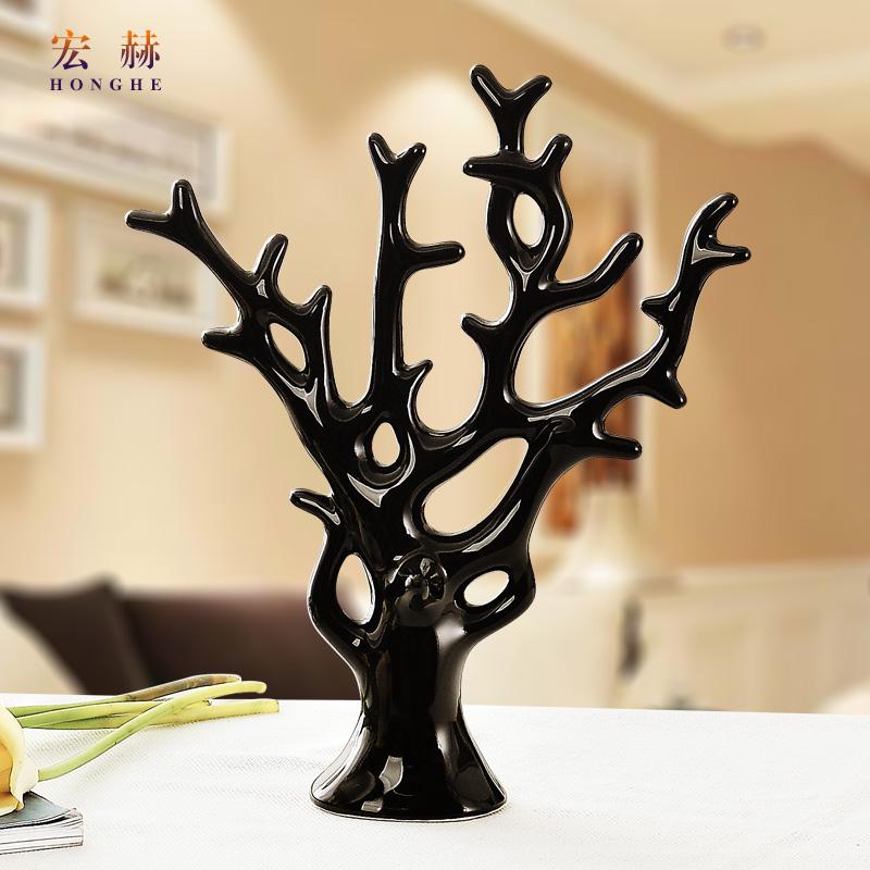 Цвет: Черные деньги дерево
