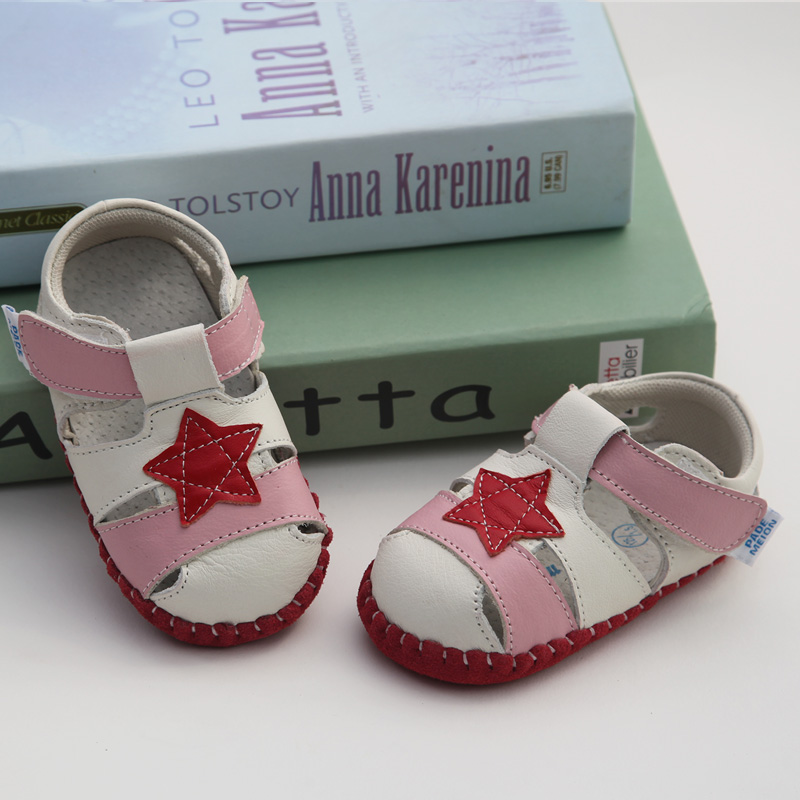 Red Five-pointed Star Soft Bottom [sandals]
