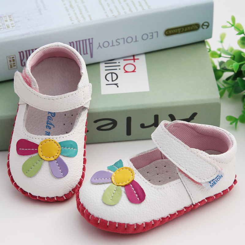 White Four-petal Flower [single Shoe]