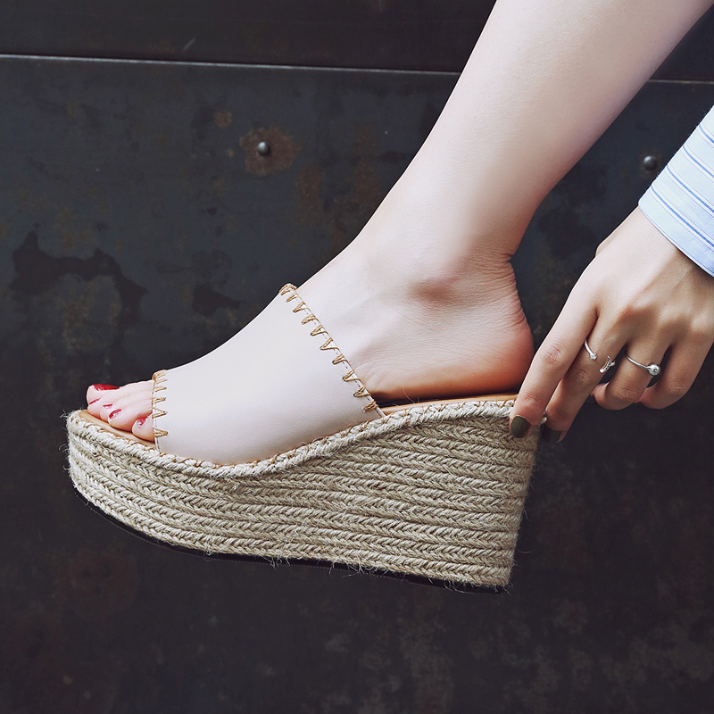 ea65d113aa5 High-heeled sandals women summer slope with 2019 new fashion wear thick  bottom straw leather net red waterproof sandals