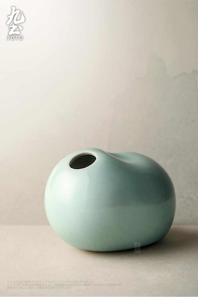 About Nine soil creative ceramic flower implement mini pet furnishing articles can play a hydroponic vases, tea tea tea zen art ornaments