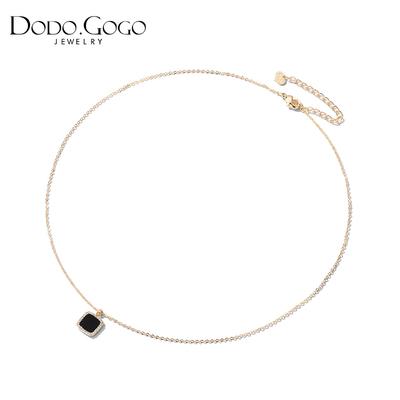 小众设计黑色方块项链女锁骨链简约气质几何吊坠颈链网红脖子饰品